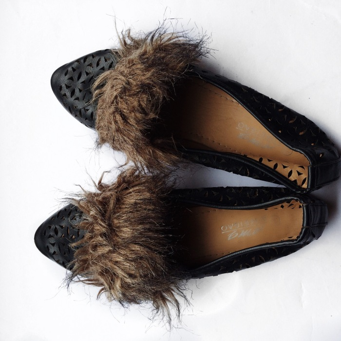 fur footwear, shoes for the parisian girl, how to nail the parisian look, shoes meant for walking, stylish shoes